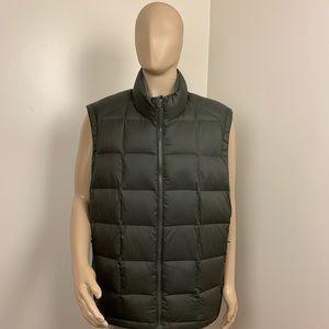 Men's Green Eddie Bauer Puffer Classic Down Vest